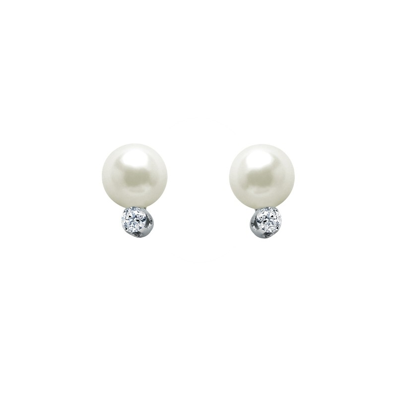 Diamond and Pearl Studs .15ctw