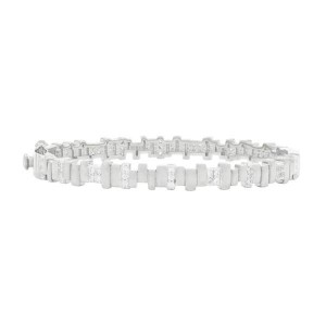 RADIANCE PAVE HINGE BANGLE IN SILVER