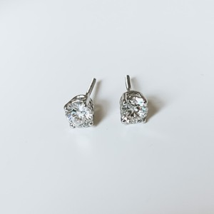 Lab Created Diamond Studs 14kw 2.02ctw